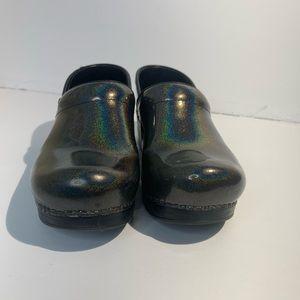 Dansko prism metallic clog